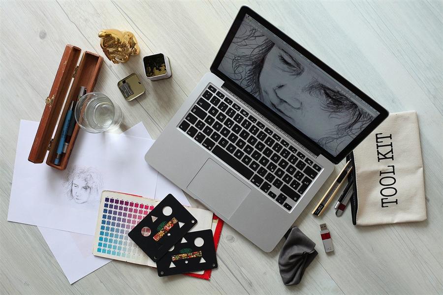 3 astuces pour créer un site internet pas cher
